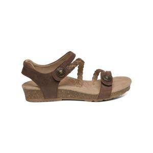 Дамски ортопедични обувки кафяви sc444
