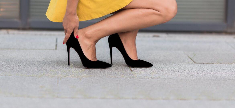 Черни обувки на високи токове