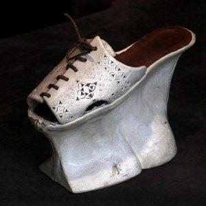 средновековни обувки на платформа